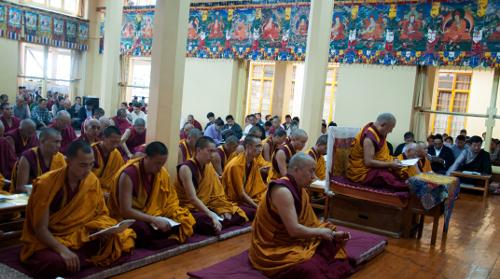 Kasur Kirti Rinpoche presiding over the prayer service on 4 October 2013.
