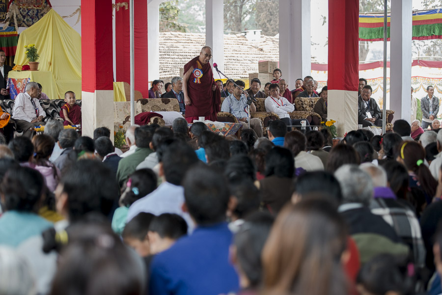 His Holiness the Dalai Lama speaking during a function at the Bandara Tibetan Settlement in Bandara, Maharshtra, India on January 12, 2014. Photo/Tenzin Choejor/OHHDL