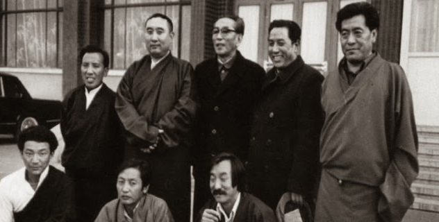 Baba Phuntsok Wangyal (2nd right standing) with Panchen Lama, Ngapo Ngawang Jigme and members of the first fact-finding Tibetan delegation from exile in 1979