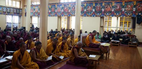 Khen Rinpoche (abbot) of Gyuto Monastery presiding over the service. DIIR Photo/Tenzin Phende