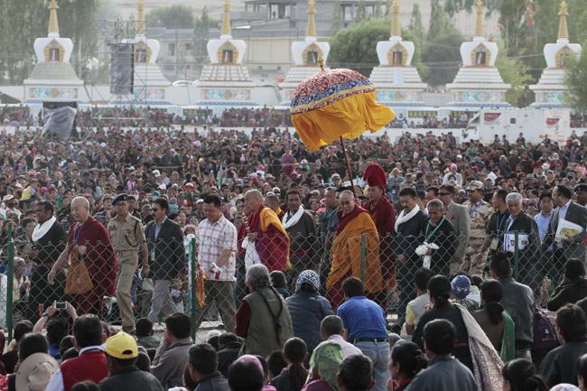 His Holiness the Dalai Lama in Ladakh during the 33rd Kalachakra teachings. (Photo/ Tenzin Jigme, Japan)