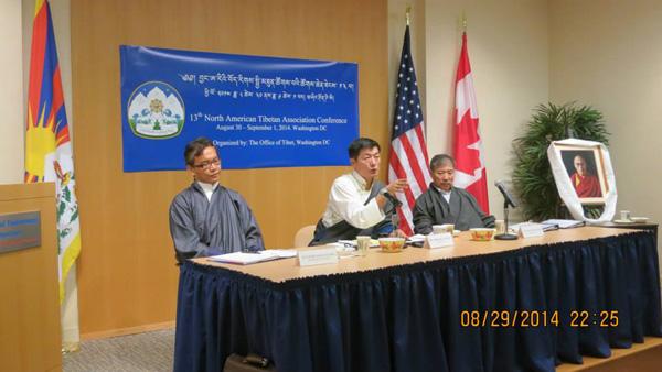 Sikyong Dr. Lobsang Sangay  (C), Kalon Tsering Dhondup (R) and Representative Kaydor Aukatsang (L) at the 13th North American Tibetan Associations conference in Washington, DC, on 29 August 2014/Photo/OoT