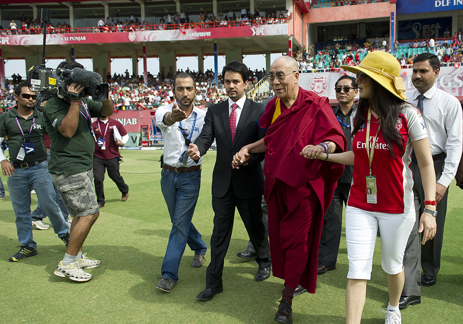 India-West Indies Players to Meet the Dalai Lama - Central