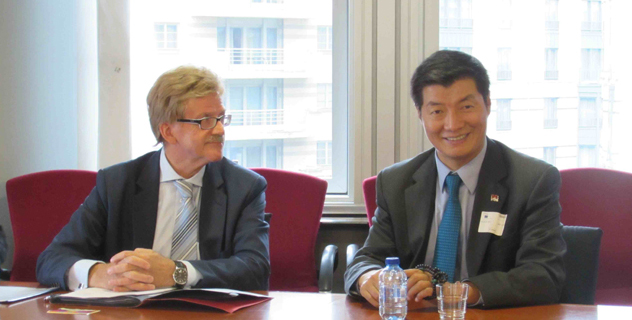 Sikyong Dr Lobsang Sangay with Mr. Thomas Mann, Members of European Parliament