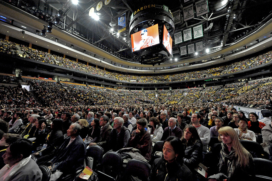 A view of TD Garden during His Holiness the Dalai Lama's talk on 'Educating the Heart and Mind' in Boston, MA, USA on November 1, 2014. Photo/Sonam Zoksang