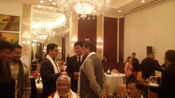 Sikyong Dr.Lobsang Sangay (centre) with Mr. Kiren Rijiju (Left), minister of State for Home Affairs and Dr. Shashi Tharoor, (right) MP.