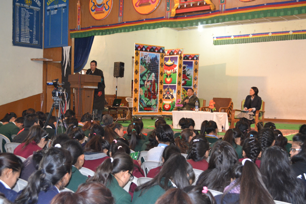 Health Kalon Dr. Tsering Wangchuk speaking to the Tibetan students at the workshop on 9 January 2014.