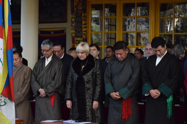 Ms Claudia Roth , Vice President of German Bundestag, and officials of the Central tibetan Administration observing a minutes silence at the 56th Anniversary of the Tibetan national Uprising Day in Dharamsala, India,, on 10 March 2015/DIIR Photo/Jamyang Tsering