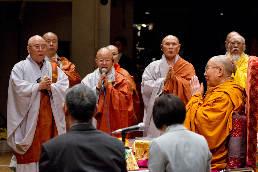 Korean monks chanting the Heart Sutra at the start of His Holiness the Dalai Lama's teaching at Showa University Hall in Tokyo, Japan on April 12, 2015. Photo/Tenzin Jigmey