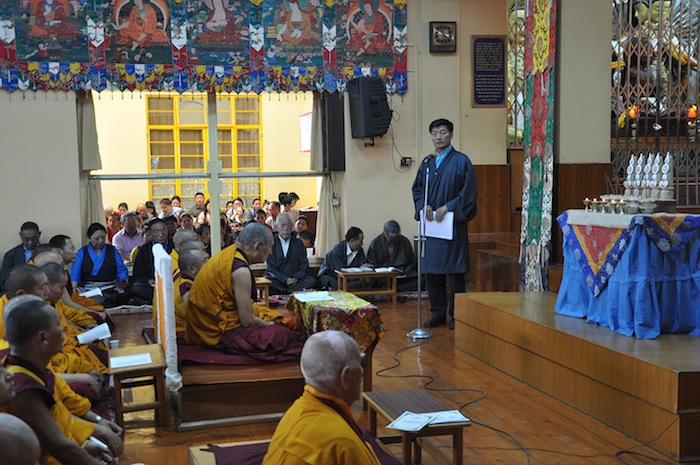 Sikyong Dr. Lobsang Sangay expressing his sympathies and condolences during the prayer service for the quake victims on 27 April 2015.