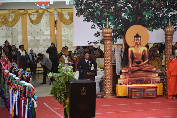 Kalon Pema Chhinjor addressing the concluding function of the 20th Shoton festival on 5 April 2015.