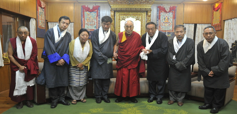 Outgoing 14th Kashag Receives Audience wiith His Holiness the Dalai Lama