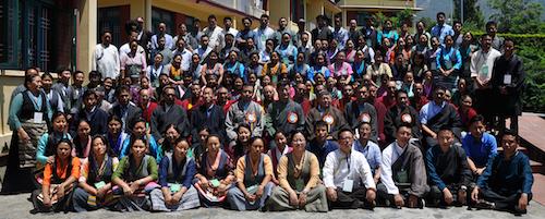 A gorup photo of the participants with Sikyong Dr Lobsang Sangay and health Kalon Dr Tsering Wangchuk.