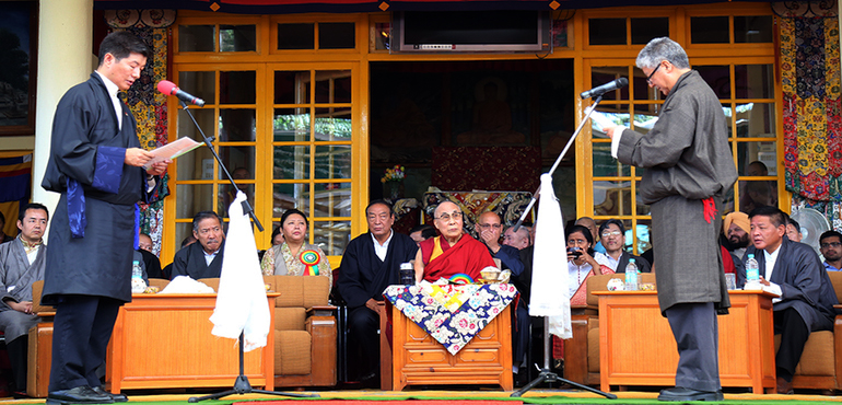Dr Lobsang Sangay Sworn-in for a Second Term as Sikyong Before His Holiness the Dalai Lama