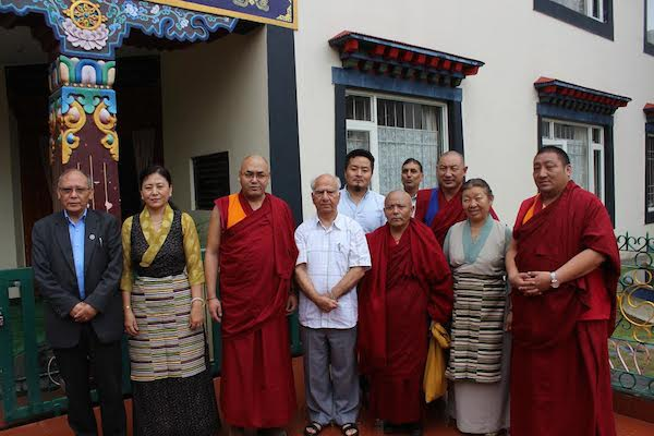 Speaker Khenpo Sonam Tenphel, Deputy Speaker Acharya Yeshi Phuntsok and members of Tibetan Parliament with Shir Shanta Kumar, former chief minister and a current member of the Indian Parliament with Speaker