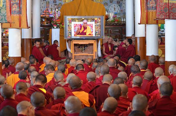 Devotees listening to His Holiness' teaching at Tsuglagkhang, 3 October 2016.