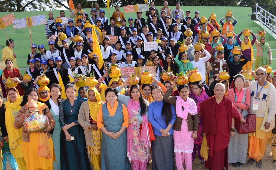 Deputy Speaker Acharya Yeshi Phuntsok with the participants of the Kundiya Gayatr festival.
