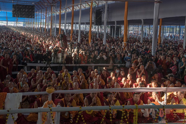 A view of some of the more that 200,000 people attending the third and final day of the actual Kalachakra Empowerment in Bodhgaya, Bihar, India on January 13, 2017. Photo/Tenzin Choejor/OHHDL