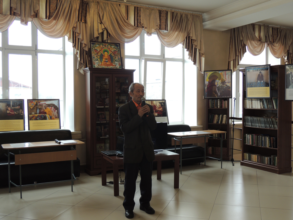Tuvan writer Cherig-ool Kuular is speaking at the opening ceremony.