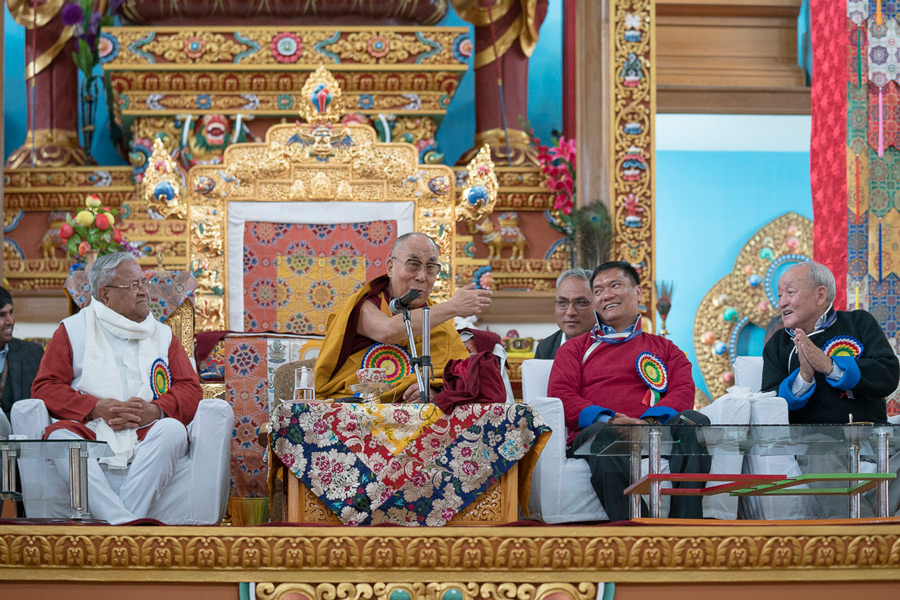 His Holiness the Dalai Lama, seated between Governor of Arunachal Pradesh, Padmanabha Acharya and Chief Minister Pema Khandu, addressing the audience at the inaugural ceremony of the new temple at Thubsung Dhargyeling Monastery in Dirang, Arunachal Pradesh, India on April 6, 2017. Photo by Tenzin Choejor/OHHDL