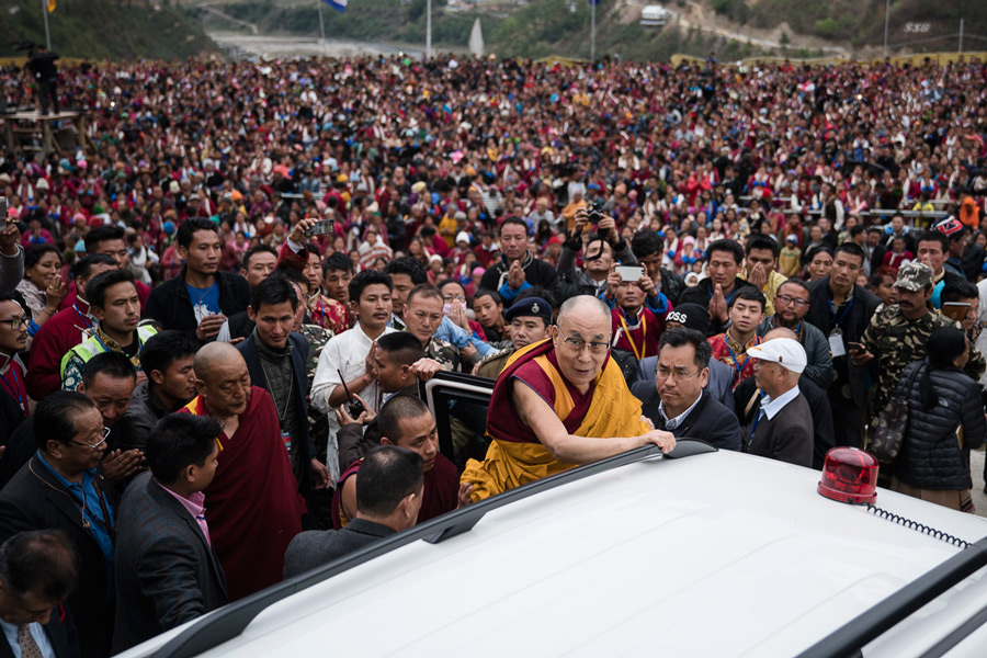 The crowd of over 20,000 looking on as His Holiness the Dalai Lama departs at the conclusion of his teaching at Thubsung Dhargyeling Monastery in Dirang, Arunachal Pradesh, India on April 6, 2017. Photo by Tenzin Choejor/OHHDL
