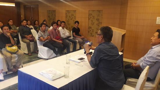 Home Kalon addressing Tibetans students in Mysore.