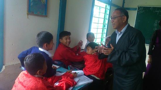 education Kalon inspecting the Sambhota Tibetan school in Miao.
