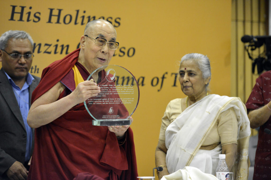 His Holiness the Dalai Lama Accepting the Professor ML Sondhi Prize for International Politics 2016 at the India International Centre. Photo @Lobsang Tsering / OHHDL