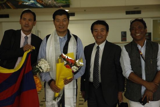 Sikyong Dr Lobsang Sangay welcomed by representative Lhakpa Tshoko and Mr Kelsang Gyaltsen, former member of Tibetan Parliament.