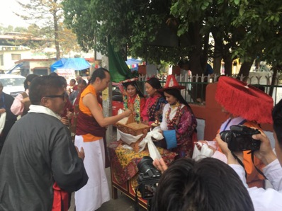 The 42nd Sakya Trizin Vajra ratna rinpoche being welcomed with traditional Tibetan offerings at the festival.