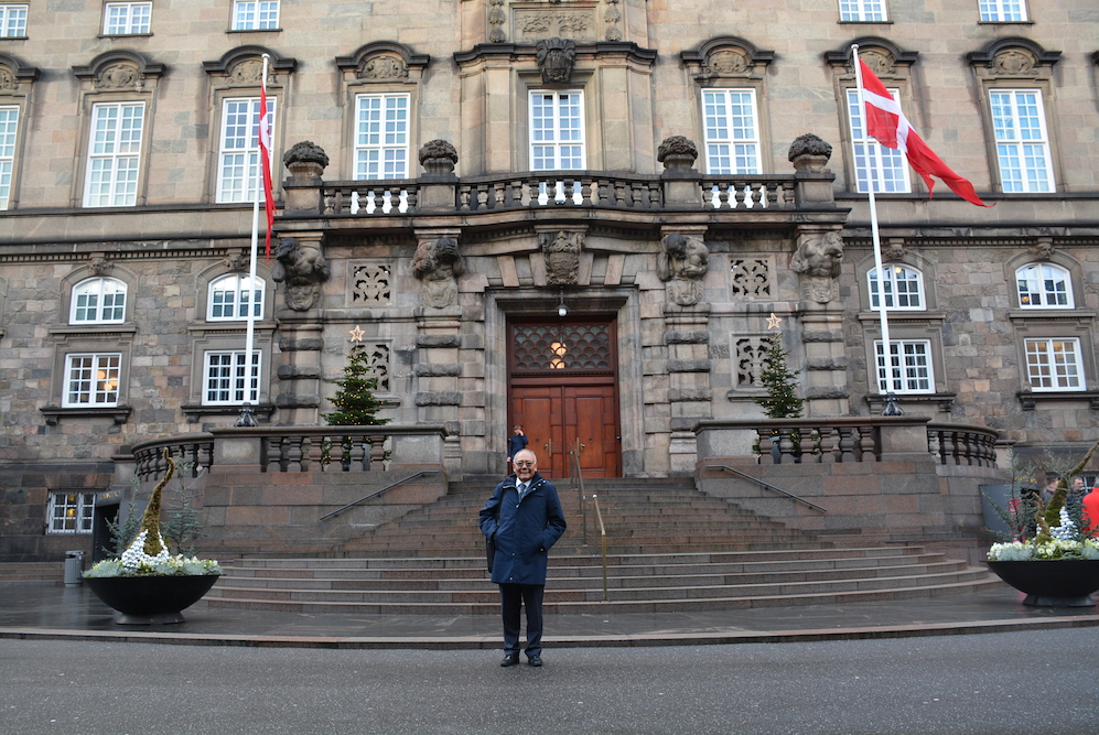 In front of the main entrance to the Danish Parliament. Photo/ Mr Anders Andersen