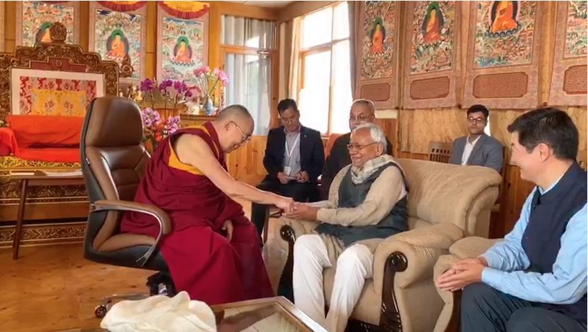 His Holiness the Dalai Lama and Sikyong Dr Lobsang Sangay with Bihar Chief Minister Nitish Kumar in Bodhgaya on January 8, 2020. Photo: Screengrab
