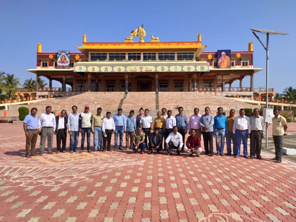 The group with Settlement Office Secretary and Accountant at the courtyard of Gaden Jangtse Monastery. Photo/ ITCO, Delhi